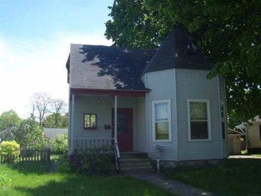 807 Michigan Ave, Gladstone, Michigan
