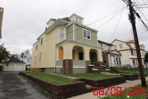 131 Florence Ave, Irvington, New Jersey