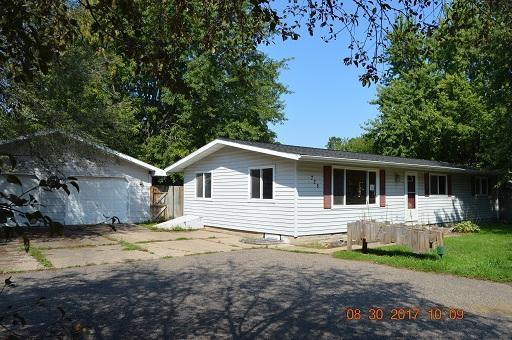 725 Mary Ave, New Richmond, Wisconsin