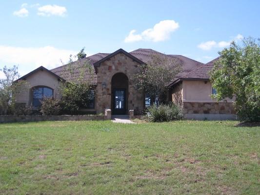 127 Comanche Cir, Hutto, Texas