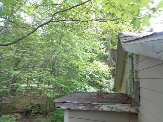 27 E Shore Lake Owassa Rd, Newton, New Jersey