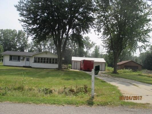 2824 E Wirbel Rd, Pinconning, Michigan