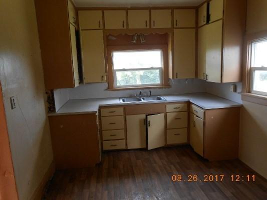 13330 Park Rd, Bath, South Dakota