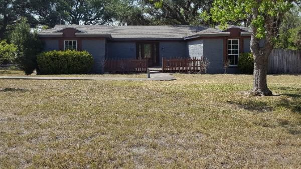 223 Red Bird Rdg, Beeville, Texas