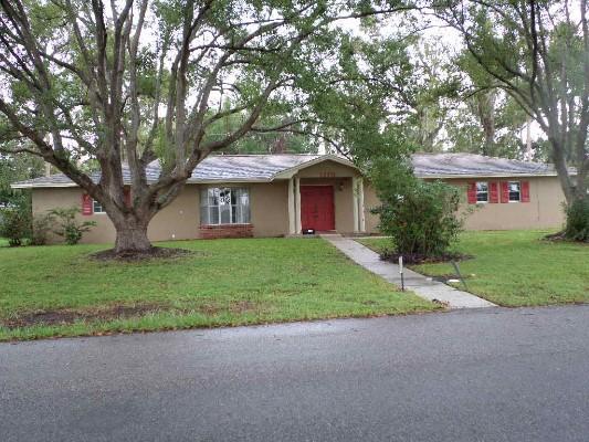 1170 E Fowler Dr, Deltona, Florida