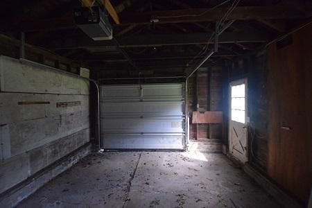 33 Remington Pkwy, Rochester, New York