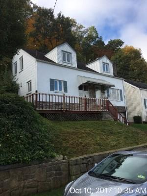 400 Forest Cir, Charleston, West Virginia