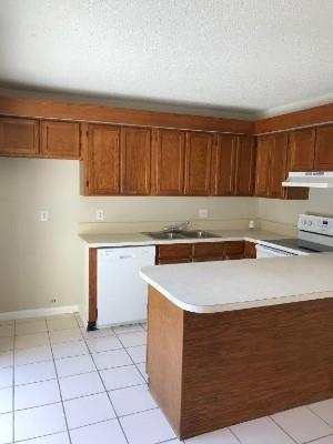 5230 Cedarbend Dr Apt 2, Fort Myers, Florida