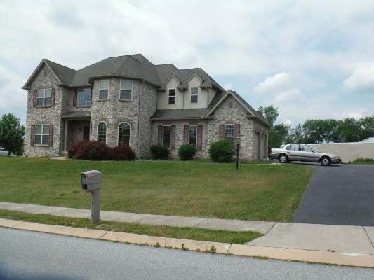 1502 Langshire Dr, York, Pennsylvania