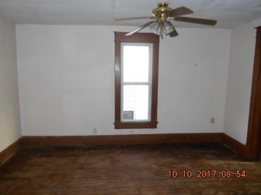 147 8th St Nw, Barberton, Ohio