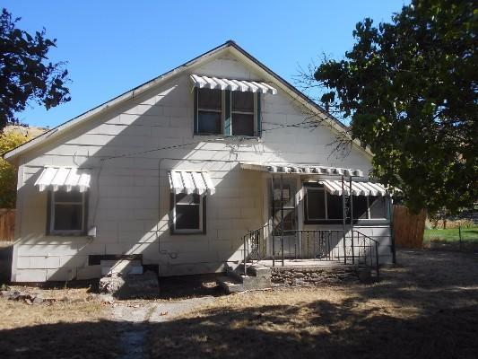 108 W Blake St, Plains, Montana