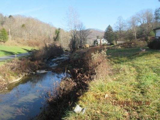 884 Upper Rock Creek Rd, Rock Creek, West Virginia