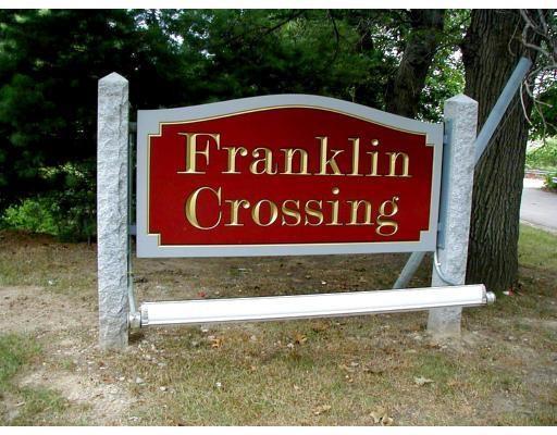 1810 Franklin Crossing Rd, Franklin, Massachusetts