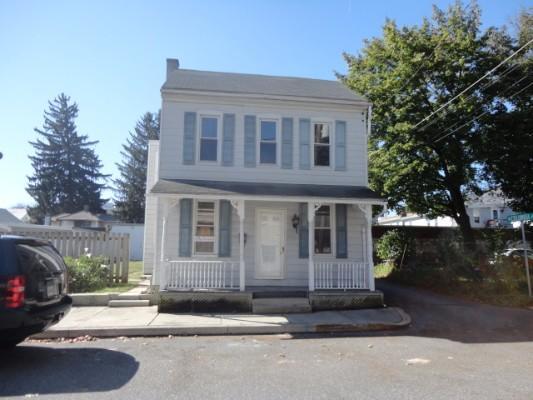212 Magnolia St, Manheim, Pennsylvania