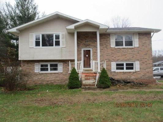 247 Ridgepark Dr, Beckley, West Virginia