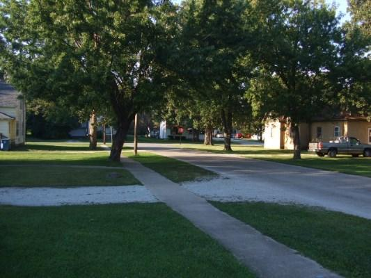 465 W Mulberry St, Watseka, Illinois