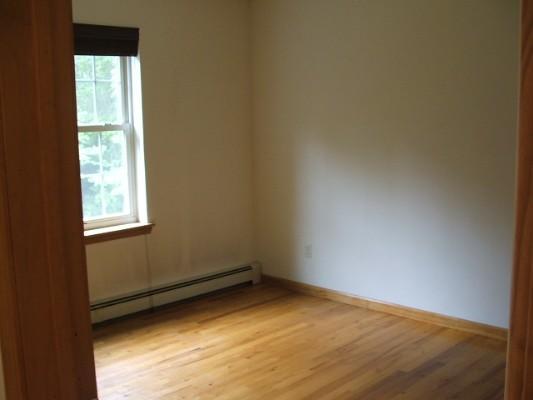 39 Oak Rd, Glen Spey, New York