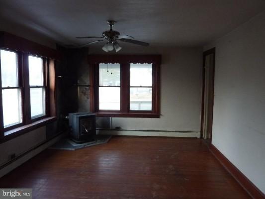 2924 Lincoln Hwy E, Gordonville, Pennsylvania