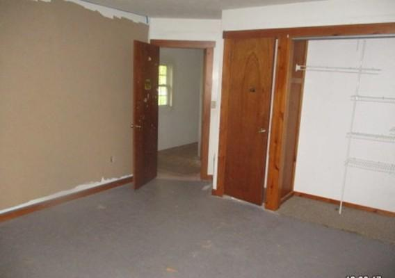 1177 Locust St, Middletown, Indiana