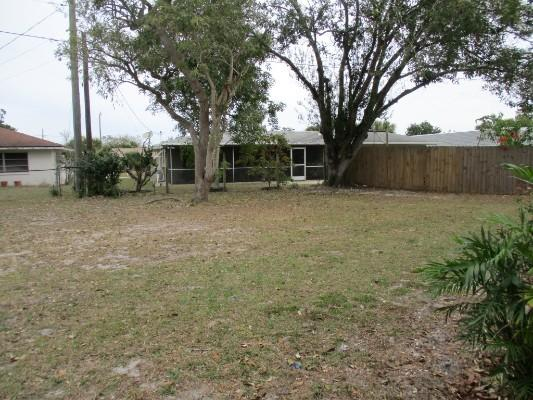 3835 Breezemont Dr, Sarasota, Florida