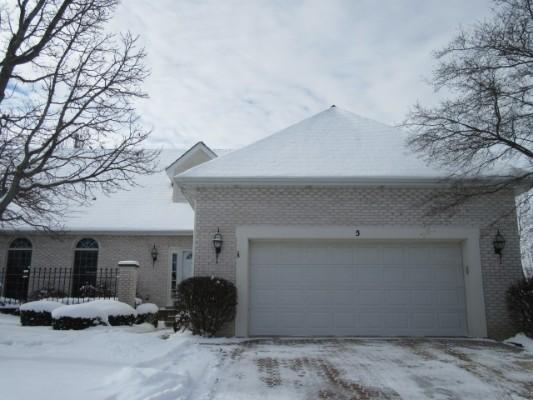 5 Penny Ln, Sugar Grove, Illinois