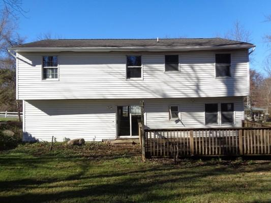 423 Aqueduct Rd, Highland Lakes, New Jersey