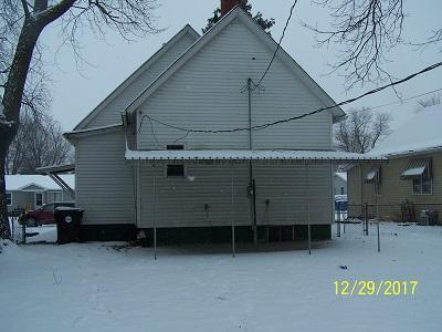 919 E Clay St, Clinton, Illinois