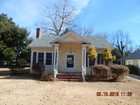210 S Garden St, Winnsboro, South Carolina