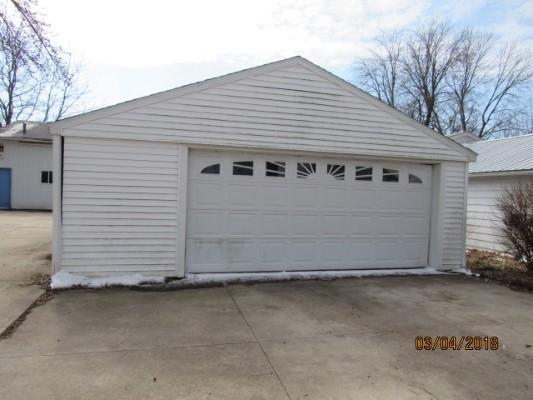 424 E Main St, Potterville, Michigan