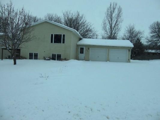 2200 Lake Park Pl, Alexandria, Minnesota