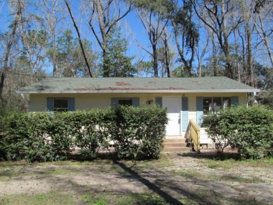 46 Crestwood Dr, Crawfordville, Florida