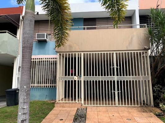 2 St D3villas El Madrigal, Carolina, Puerto Rico