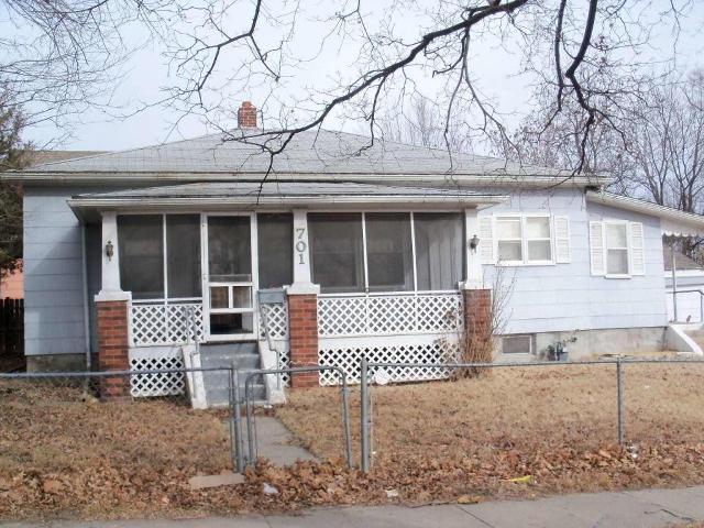 E 701 Highland, Saint Joseph, Missouri