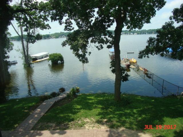 60 N Lake Ave, Fox Lake, Illinois