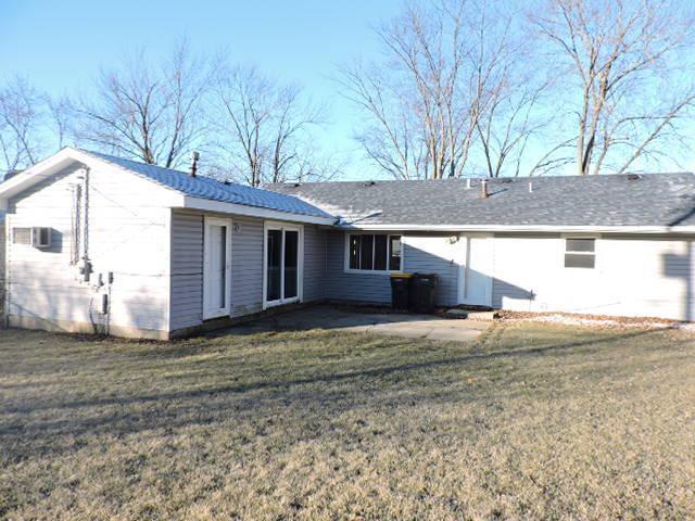 403 Ridge Cir, Streamwood, Illinois
