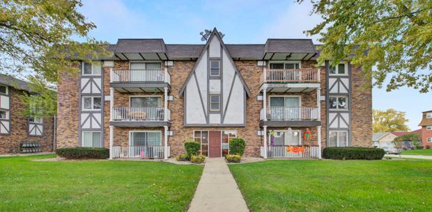 5850 W 87th St Apt 3c, Burbank, Illinois