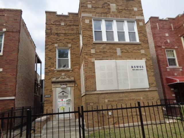 7944 S Hermitage Ave, Chicago, Illinois