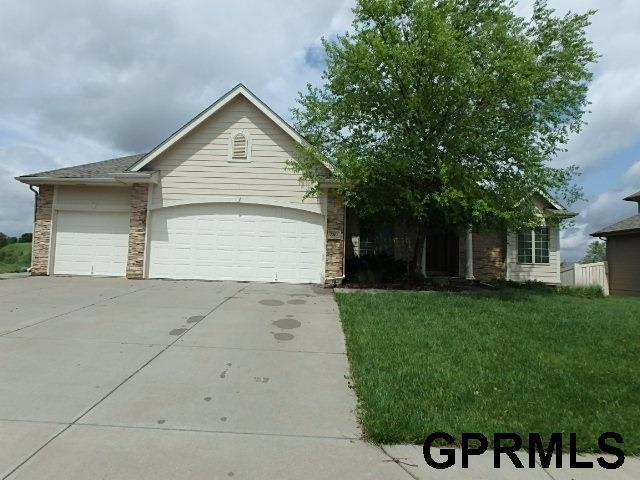 7202 N 154th St, Bennington, Nebraska