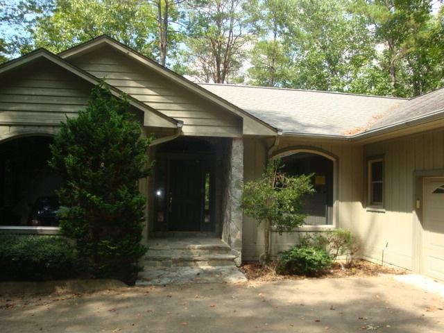 38 Channel Ln, Salem, South Carolina