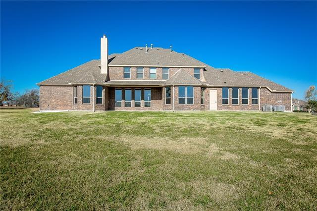717 Kensington Drive, Rockwall, Texas