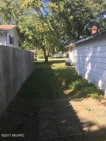 324 Coloma Ave, Coloma, Michigan