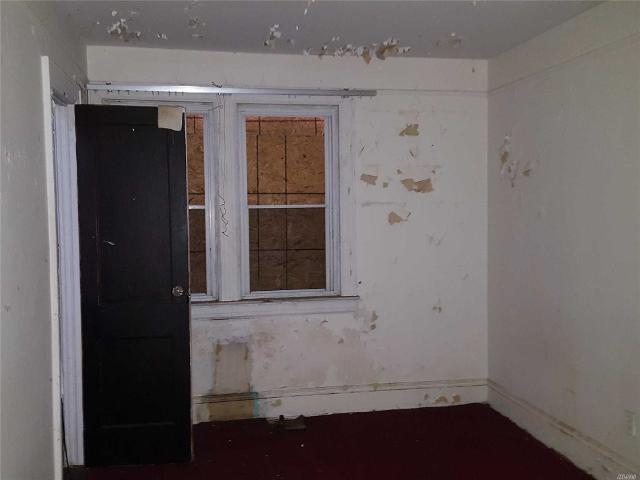 47 Gladys Ave, Hempstead, New York