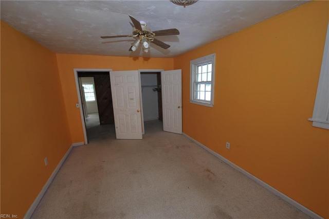 414 Shenandoah Rd, Hampton, Virginia