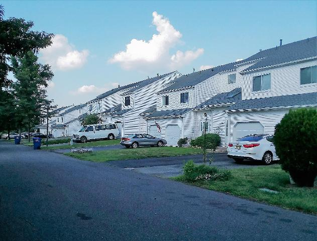 12 Nutmeg Dr, Lumberton Township, New Jersey