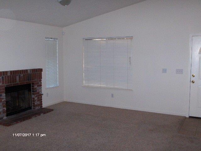 878 E Julia Way, Hanford, California
