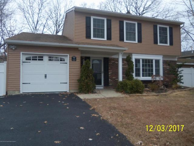 13 Flintlock Dr, Howell, New Jersey