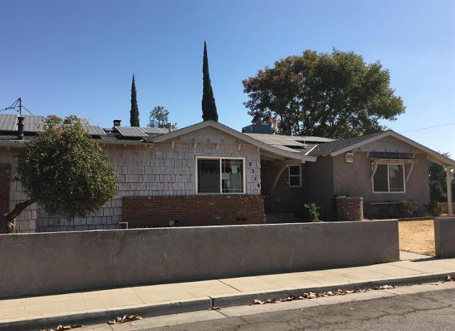 2318 N Warren Ave, Fresno, California