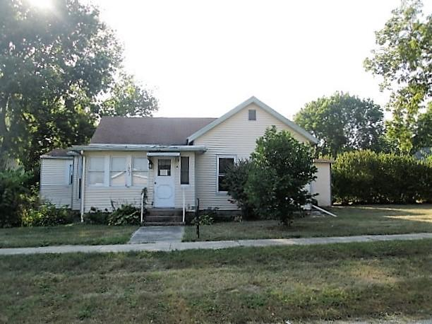 927 Green St, Henry, Illinois