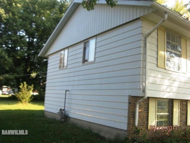 28 W Adams St, Milledgeville, Illinois